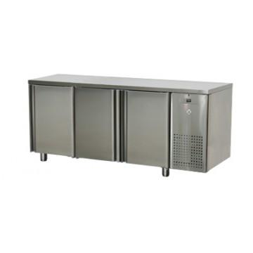 SCH - 3D/N Stół chłodniczy trzydrzwiowy